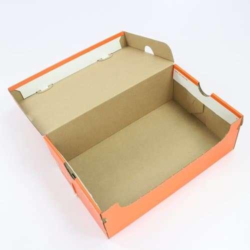 鞋盒裱黃E愣